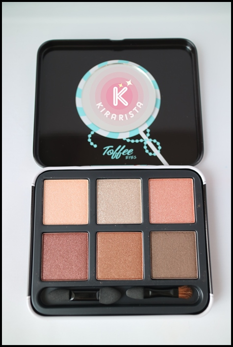 1028_eyeshadow_kit_8